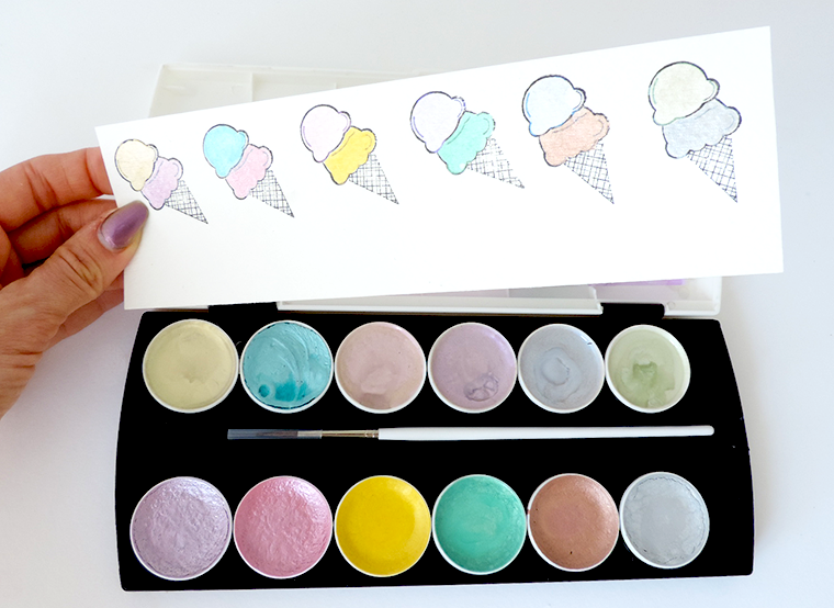 New Prima watercolor sets review and swatches Metallic Accents